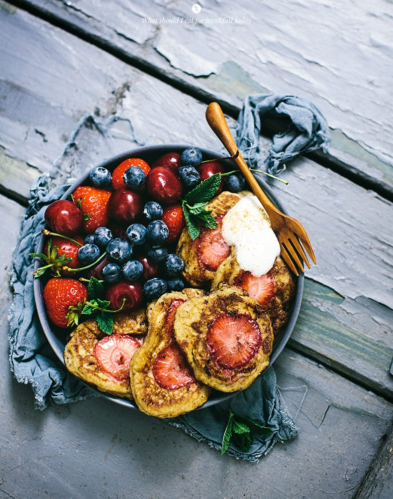 Healthy pancakes with strawberries 2
